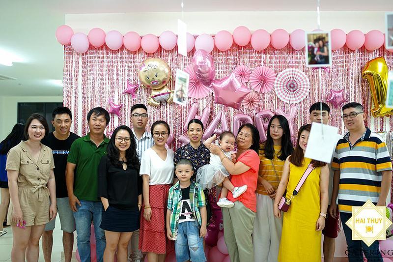 Đặt tiệc thôi nôi quận Quận Tân Phú – Tô điểm niềm vui trong ngày sinh nhật đầu tiên của con yêu